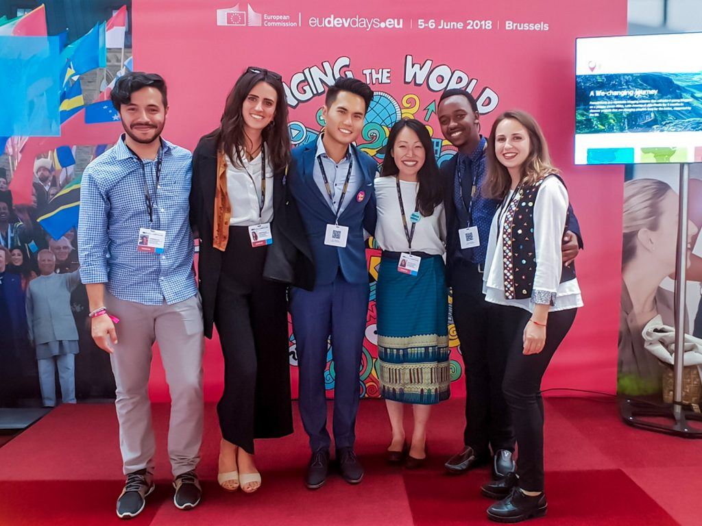European-Union-Faces2Hearts-singapore-travel-blogger-who-travelled-more-than-100-countries