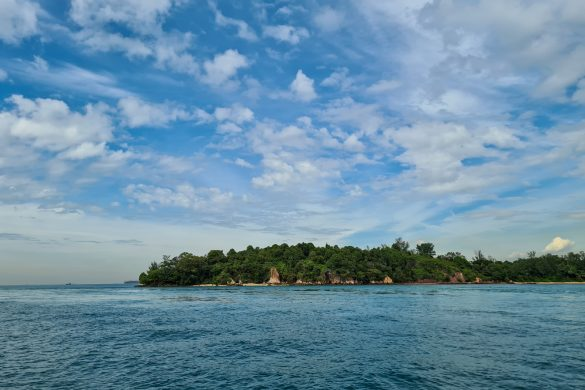 Singapore Sailcation Lazarus Islands