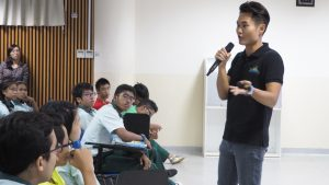 Greenview Secondary School Travel Blogger Career Talk